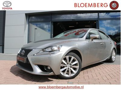 tweedehands Lexus IS300h