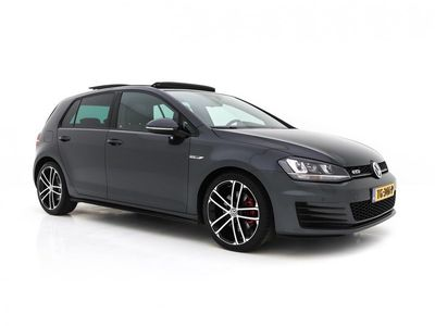 tweedehands VW Golf 2.0 TDI GTD Executive-Pack Aut *PANO+NAVI+XENON+CRUISE+SPORT&SOUND+PDC+CAMERA+BEAR-LOCK*