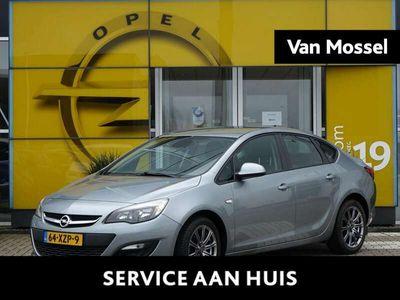 tweedehands Opel Astra 1.4 Turbo Cosmo | Trekhaak max 1250kg | Pdc | Navi
