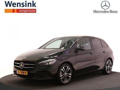 tweedehands Mercedes B180 Launch Edition | Nightpakket | Progressive Line | MBUX