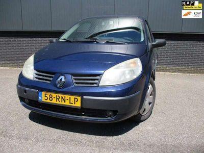 tweedehands Renault Grand Scénic 1.6-16V Dynamique Comfort