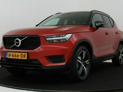 tweedehands Volvo XC40 T3 AUT - R-DESIGN- PANO.DAK|HARMAN KARDON|CAMERA