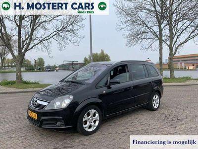 tweedehands Opel Zafira 2.2 Executive * AIRCO * 7 PERSOONS * NIEUWE APK *