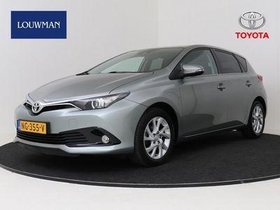 tweedehands Toyota Auris 1.2T Dynamic