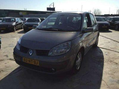 tweedehands Renault Scénic 2.0-16V Priv.Luxe