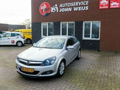tweedehands Opel Astra GTC 1.4 Edition koppakking defect