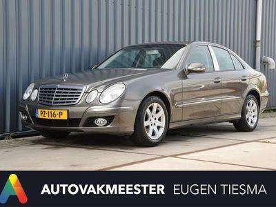 tweedehands Mercedes E200 200 Elegance Leren stoelen Navi Parkeersensoren
