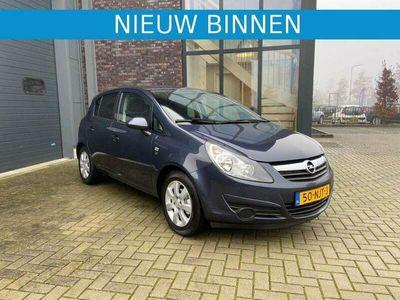 tweedehands Opel Corsa 1.2-16V 111 Edition