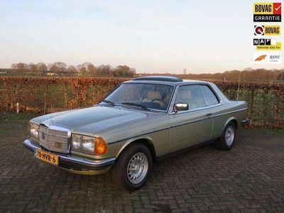 tweedehands Mercedes 230 200-280 (W123)CE