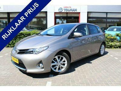 tweedehands Toyota Auris 1.3-16V 5-deurs Now | Rijklaar | Trekhaak | Parkee