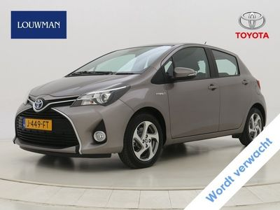 tweedehands Toyota Yaris 1.5 Hybrid Lease Limited