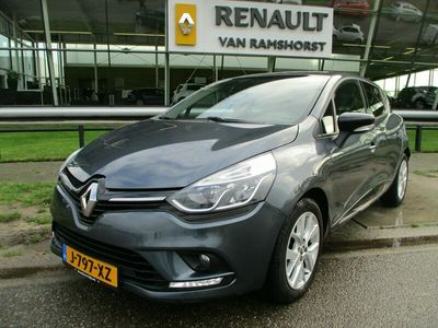 tweedehands Renault Clio 0.9 TCe Intens Cruise Airco MediaNav Cruise
