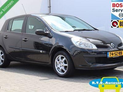tweedehands Renault Clio 1.5 dCi Dynamique Comfort NETTE AUTO !!