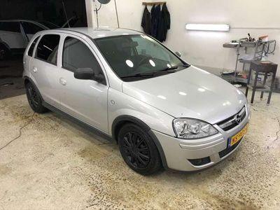tweedehands Opel Corsa 1.0-12V Essentia 2006 (airco werkt niet)