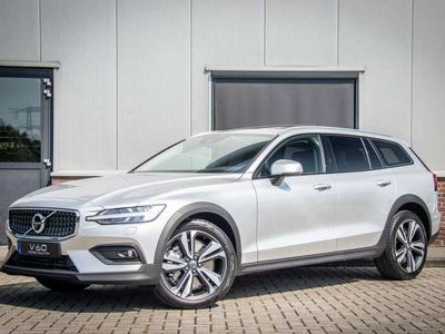tweedehands Volvo V60 CC B5 AWD Aut.8 Pro, Lounge, Climate Pro, Power Seats