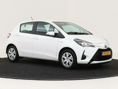 tweedehands Toyota Yaris 1.5 Hybrid Aspiration NAVIGATIE LEDEREN BEKLEDING