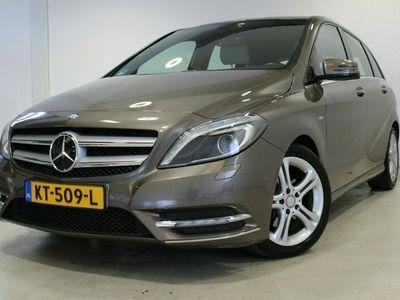 tweedehands Mercedes B200 Automaat | Trekhaak | Xenon | Navi | Cruise | Autom.Airco |