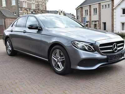 tweedehands Mercedes E200 Avantgarde Night Edition / LED High Performance /
