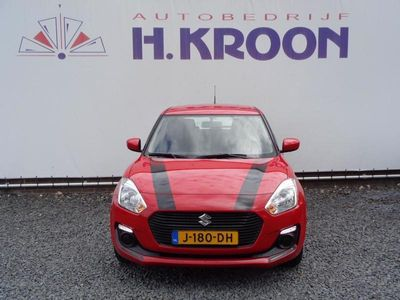 tweedehands Suzuki Swift 1.2 Smart Hybrid - Dakspoiler En Striping - Demovoordeel!!