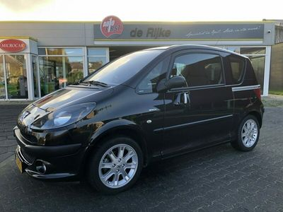 tweedehands Peugeot 1007 1.6-16V Sporty, Clima, Automaat
