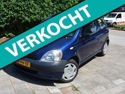 tweedehands Toyota Yaris 1.0-16V VVT-i Terra MET JAAR APK