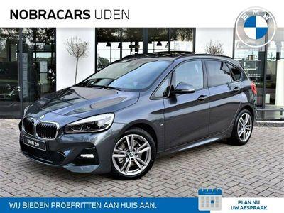 tweedehands BMW 220 2 Serie Active Tourer i 192 pk M Sport High Executive Automaat Comfort Pack