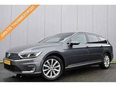 tweedehands VW Passat Variant 1.4 TSi DSG GTE Highline Panoramadak, LED, Trekhaa