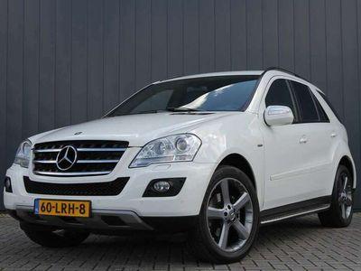 tweedehands Mercedes ML300 CDI BlueEFFICIENCY Prestige AUTOMAAT / NAVI / LEDE