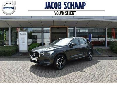 tweedehands Volvo XC60 2.0 B5 Momentum Pro Contour stoelen / Parkeerverwarming/ Bestuurdersstoel met ge