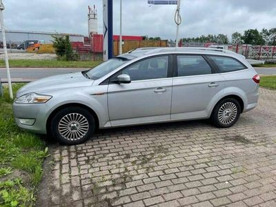 tweedehands Ford Mondeo Wagon 2.0-16V Titanium NAVI / LMV /