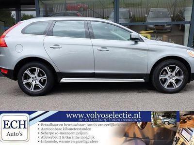 tweedehands Volvo XC60 D5 205 pk AWD AUT Summum, Leer, Xenon, Navi