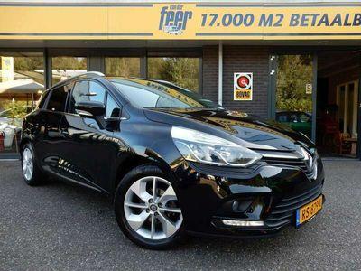 tweedehands Renault Clio Estate 1.5 dCi Ecoleader Limited
