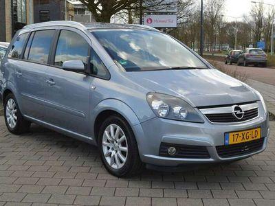 tweedehands Opel Zafira 2.2 Temptation 7pers