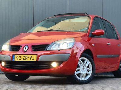 tweedehands Renault Scénic 1.6i 16V Tech Line Trekhaak Panoramadak Navi Leer