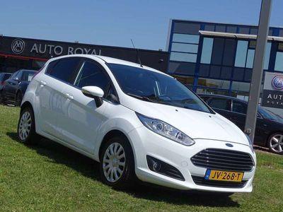 tweedehands Ford Fiesta 1.0 EcoBoost Titanium 101 pk - Airco, CruiseControl, Led, Navigatie, Parkeersensoren