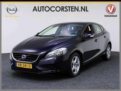 tweedehands Volvo V40 CC 2.0 D2 E Lmv Navigatie Cruise Control Pdc v+a Momentum Business