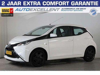 tweedehands Toyota Aygo 1.0 VVT-i x-play Navi, Cruise, Airco, Elek. ramen,