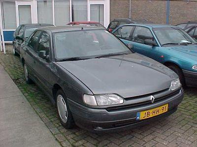 tweedehands Renault Safrane RT 2.2 VI