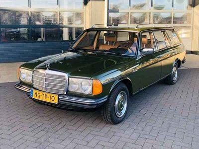 tweedehands Mercedes 240 200-280 (W123)D