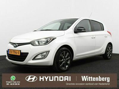 tweedehands Hyundai i20 1.2i i-Vision | Lichtmetalen velgen | Cruise control | Airco |