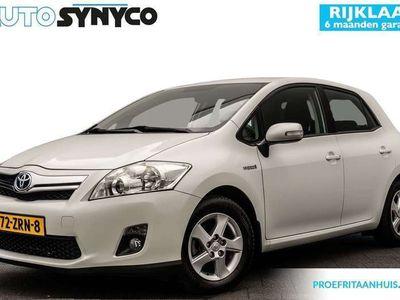"tweedehands Toyota Auris 1.8 Full Hybrid Executive   Originele Audio   Cruise Controle   15"" Velgen"