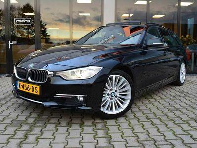 tweedehands BMW 330 330 Touring D Luxury Line | Panorama Dak | Dealer O