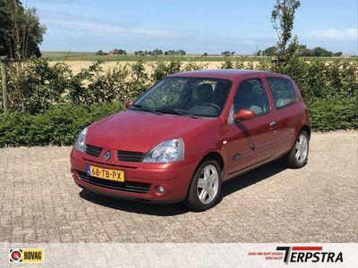 tweedehands Renault Clio 1.2-16V Community airco 2e eig APK tot 9-7-2021
