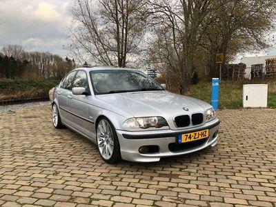 tweedehands BMW 330 i