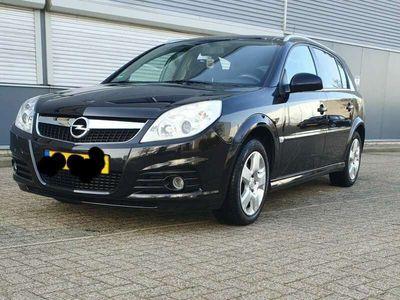 tweedehands Opel Signum 2.2-16V Elegance