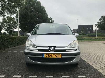 tweedehands Peugeot 807 2.2 ST 8 zitplaatsen