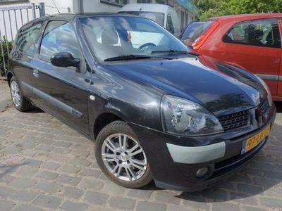 tweedehands Renault Clio 1.4-16V Privilège lm velgen apk tot 17-8-2020
