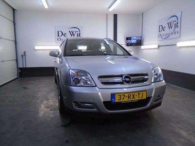 tweedehands Opel Signum 3.2 V6 Elegance AUT. van 2e EIG.!! MOOIE YOUNGTIMER met NWE