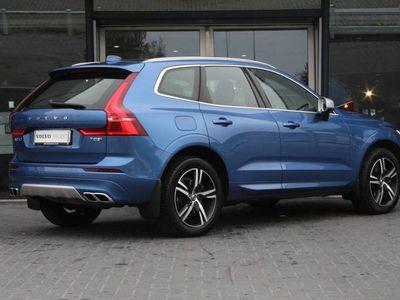 tweedehands Volvo XC60 2.0 T8 Twin Engine AWD Automaat R-Design | Panoramadak | Standkachel | Adaptive Cruise | Pilot Assist | Stuurwiel verwarmd | Stoelverwarming V+A | Camera | Trekhaak 2100kg | Styling Pack