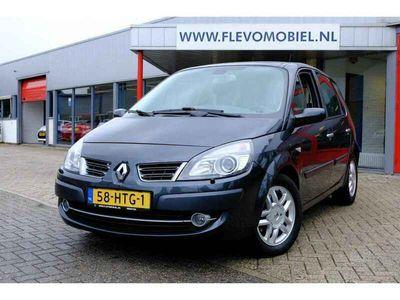 tweedehands Renault Scénic 2.0-16V Tech Line Pano Xenon Clima LMV